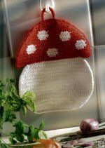 ao with <3 / Crocheted toadstool potholder