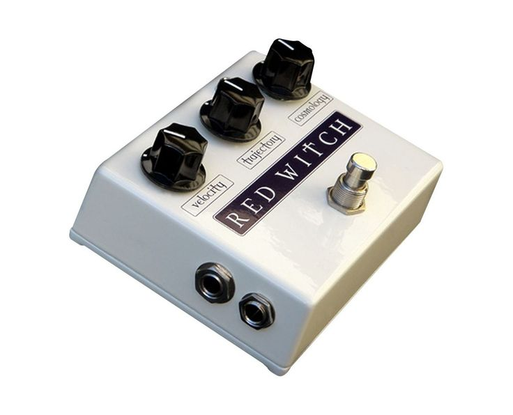 The Deluxe Moon Phaser marries phasing effects with tremolo effects. The Deluxe Moon Phaser is an analog phase/tremolo pedal with a unique combination of the two - tremophase. It has an almost limitless array of sounds available through its three simple controls.