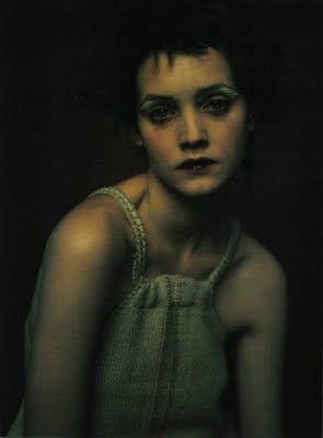paolo roversi Vogue Italia - RITRATTI DI ALLORA - April 1998