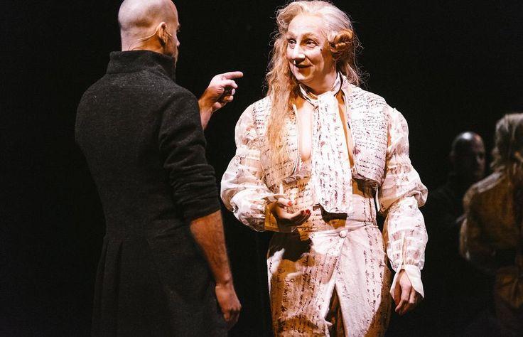 2016 - QUILLS de Doug Wright. Jean-Pierre Cloutier dans le rôle de l'abbé Coulmier. Robert Lepage en Marquis de Sade. À Usine C