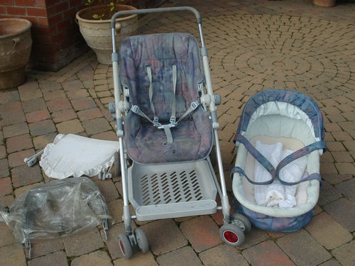 Mothercare Pram/Pushchair with Carrycot and rain/sun canopy-Northern Ireland.  