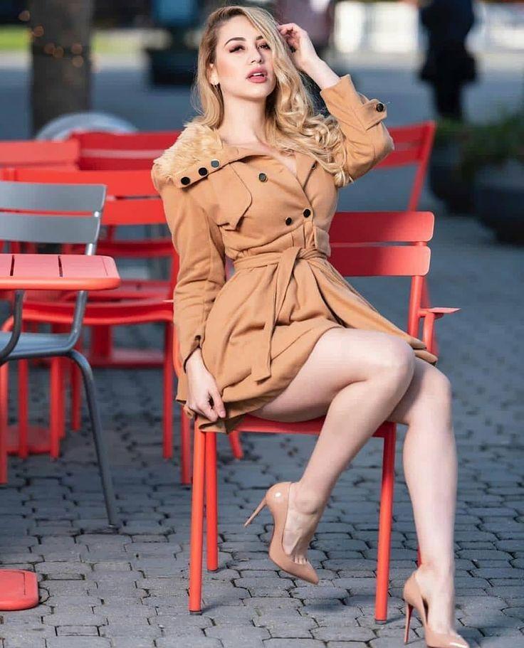 Pin by Far Far on Hot leggs in 2020 | Outfits, Arab girls