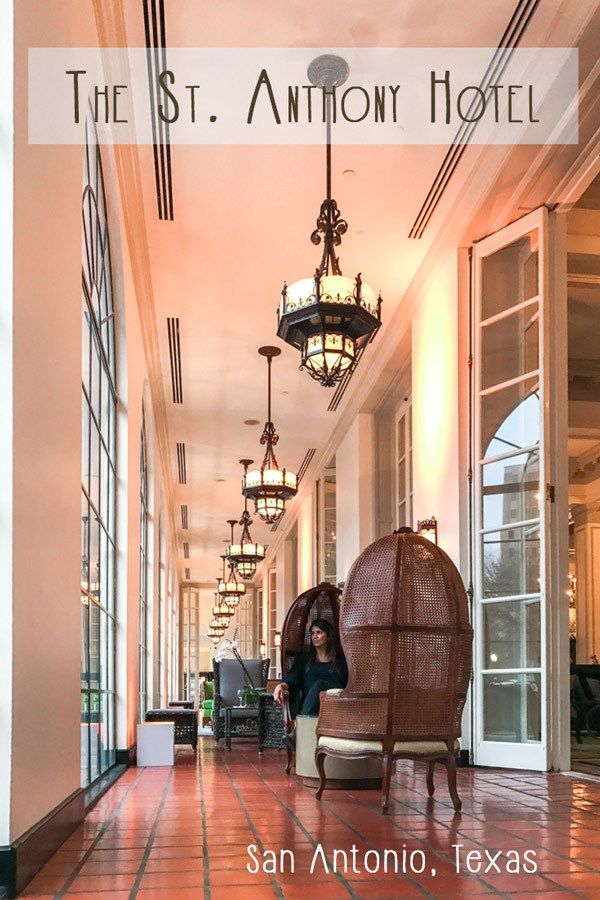 Hotel Review: The St Anthony Hotel in San Antonio, Texas (USA). The St Anthony is a 5 star hotel near the River Walk and the Alamo, the top tourist attractions in San Antonio.