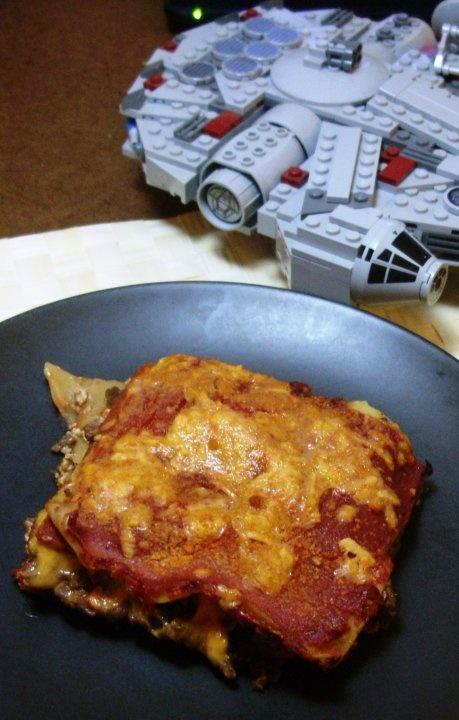 Easy Bacon Cheeseburger Lasagna (vegan)