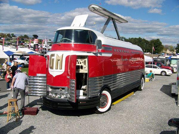 648 best semis straight trucks images on pinterest old fashioned toys trucks and diecast. Black Bedroom Furniture Sets. Home Design Ideas