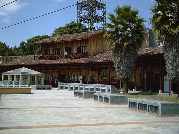 Universadad Nacional. Seccional Manizales, Facultad de Arquitectura