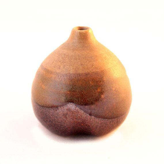 Pear Ceramic Vase by ProsteRzeczy on Etsy, zł35.00