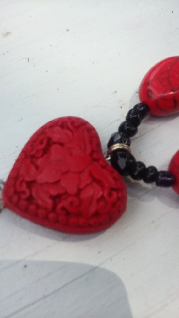 ketting sieraden rode en zwarte sieraden door TrinketsToCherish