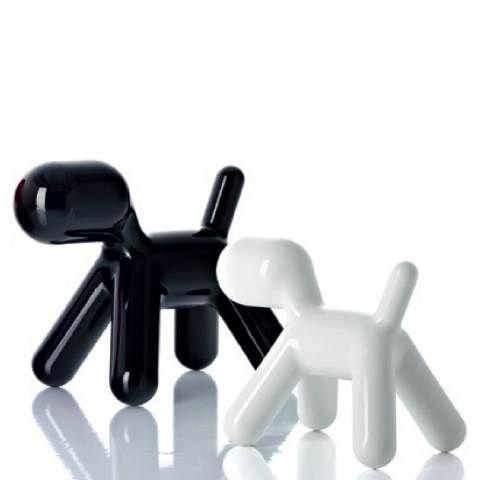 Hier zie je 2 hondjes. Ik denk dat t peper en zou is. Het is vereenvoudigd omdat t niet meer alle details laat zien maar het is ook niet abstract