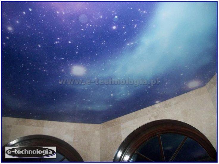 sufit z nadrukiem na korytarzu - oświetlenie korytarza - oświetlenie sufitowe korytarza e-technologia