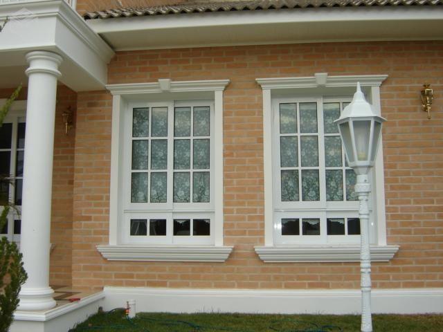 Molduras de ConcretoGuarnições para portas e janelas. Rodapés, canaletas, rodameio, molduras para beirais Capitéis para colunas, placas, pingadeiras. Peças exclusivas sob encomenda. DIRETO DA FÁBRICA - ESCALERA PRE MOLDADOS EM CONCRETO Tel.: 11-4028 0999/ 11-97133 1278/11-97133 1279