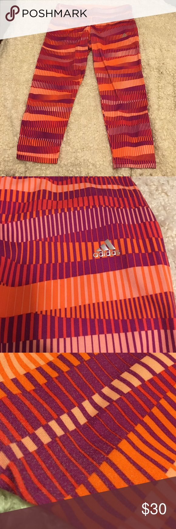 Adidas climalite pattern gym leggings Super fun leggings for yoga or gym. Has a key pouch in the back. Shows signs of washing (photo 4 but very minimal unless you're looking up close - especially because of the pattern ☺️) I love these leggings and am only willing to sell for this price so it is firm unless you bundle. Adidas Pants Leggings