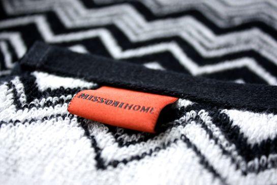 homevialaura #missoni #towel #zigzag
