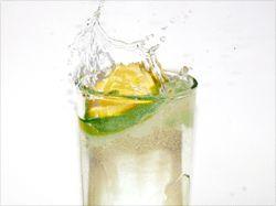 agua limon- Blog remedios de todo tipo ༺✿ƬⱤღ http://www.pinterest.com/teretegui/✿༻