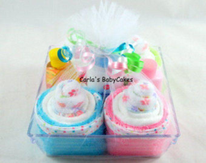 Asciugamano piccolo neonato Cupcake   Nuova mamma regalo   Baby doccia regalo   Baby doccia decorazione   Nuovo regalo del bambino   Nuovo regalo di mamma   Cupcakes di pannolino