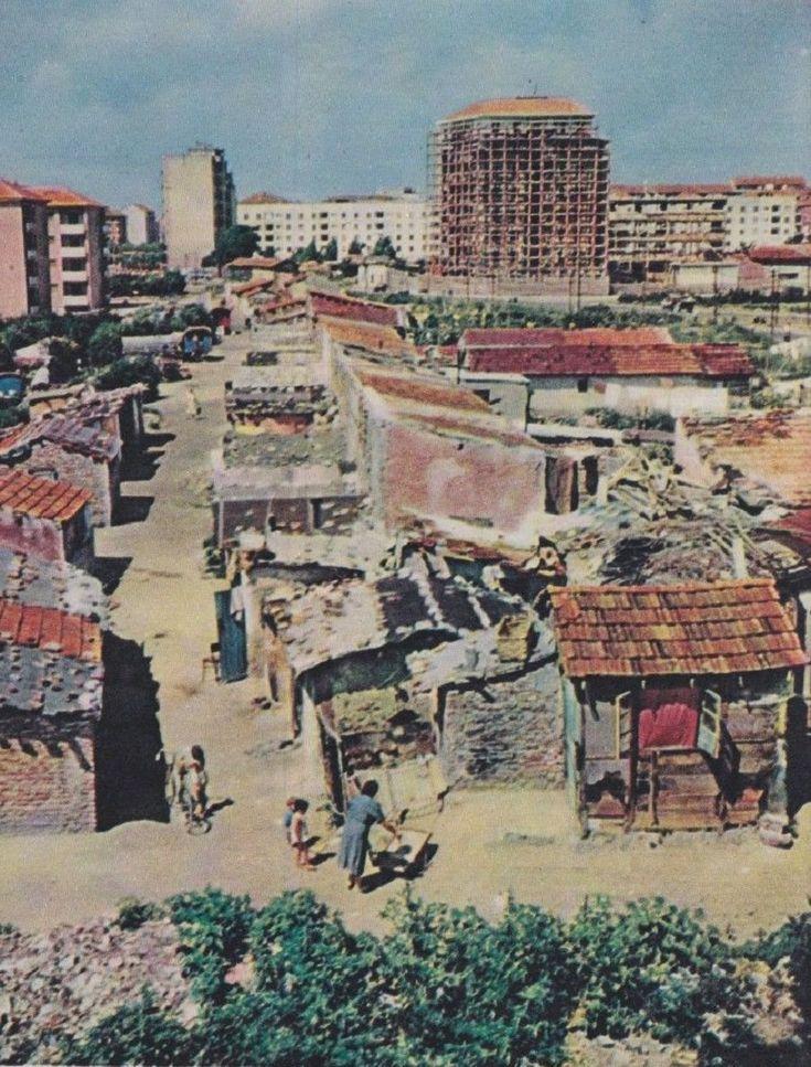 La baraccopoli di Viale Argonne, 1945