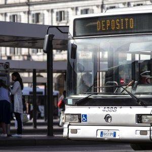 Roma sciopero dei trasporti: a rischio bus tram metro e ferrovie #lavoratori #salari #tasse #roma #stipendo #INPS