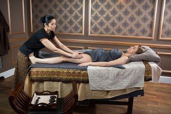#Masaż   #tajski  koi bóle pleców, karku, ramion, usuwa drętwienia i zmęczenie nóg oraz przynosi ulgę w bólach głowy, stresie i zmęczeniu psychicznym. Poczujesz się wspaniale w swoim ciele!   Zapraszamy do salonu #Tajskie #Spa ➡ http://www.tajskiespa.pl/