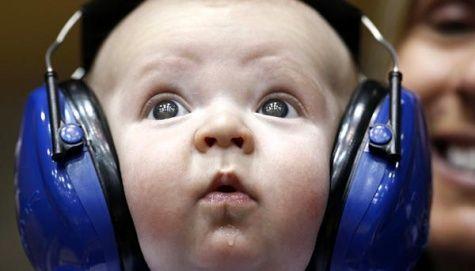 Bahayanya Mendengarkan Musik MP3 | Beritasejagat.com