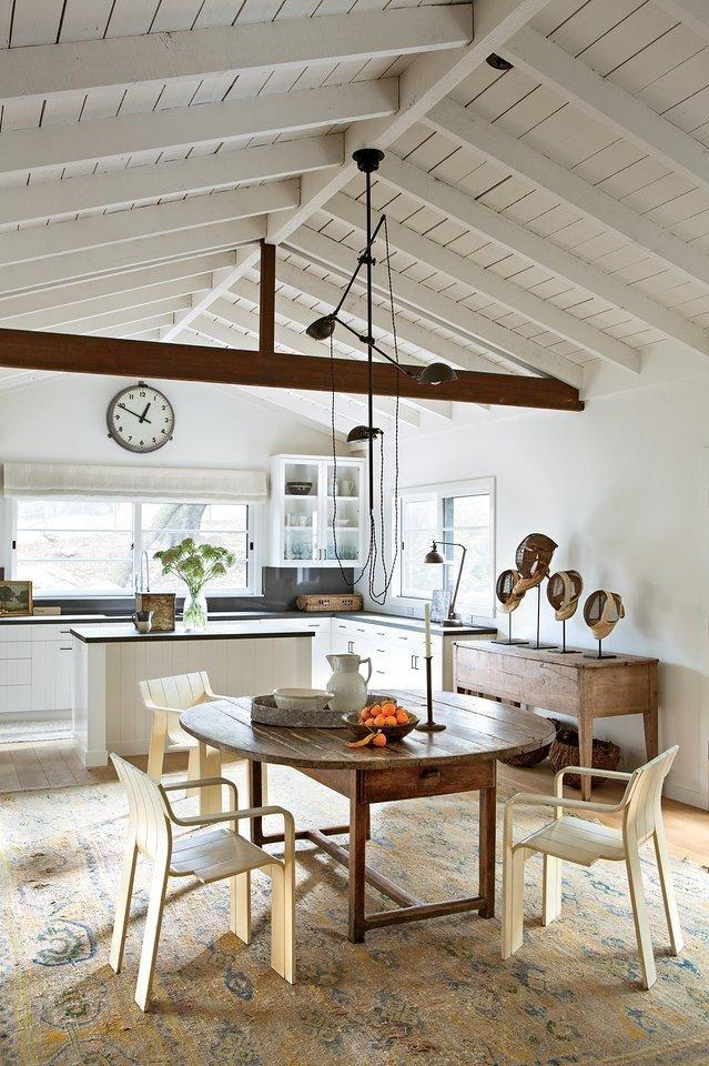 Ellen DeGeneress Kitchen In Her Open Ranch Style Home