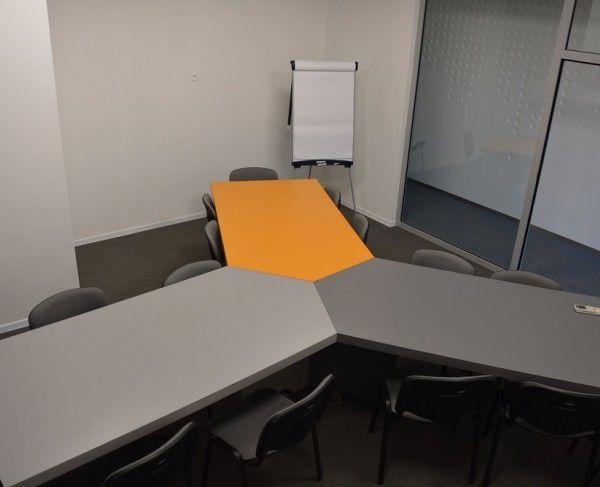 Sala szkoleniowa dla maksymalnie 18 osób w Krakowie #sale #saleszkoleniowe #salekrakow #salaszkoleniowa #szkolenia #salakrakow #szkoleniowe #sala #szkoleniowa #konferencyjne #konferencyjna #wynajem #sal #sali #krakow #do #wynajęcia #konferencji #kraków