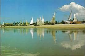 Resultado de imagem para praia da caponga ceará