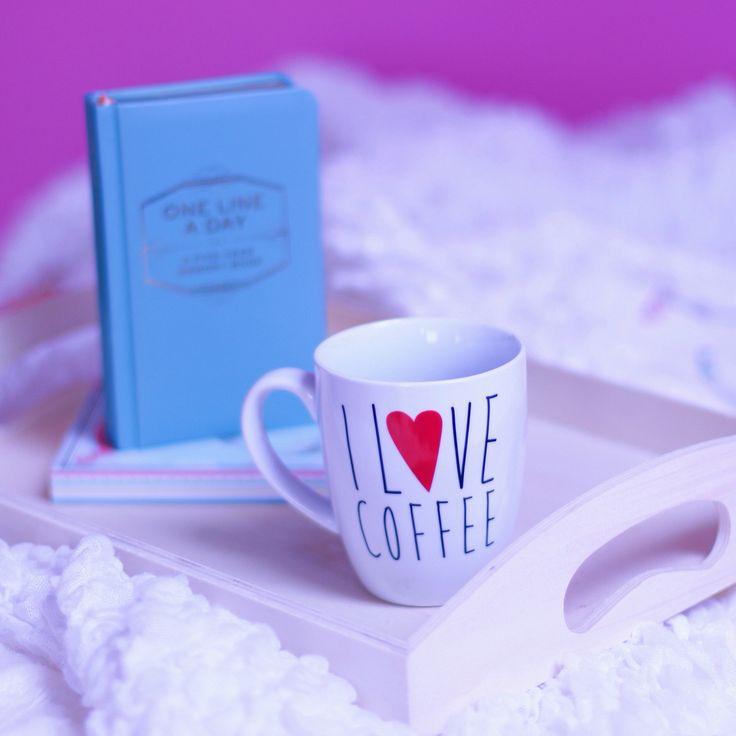 I love coffee mug and one line a day