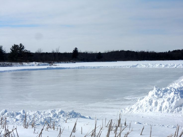 Kingston's largest natural outdoor skating rink at Little Cataraqui. @cataraquirca