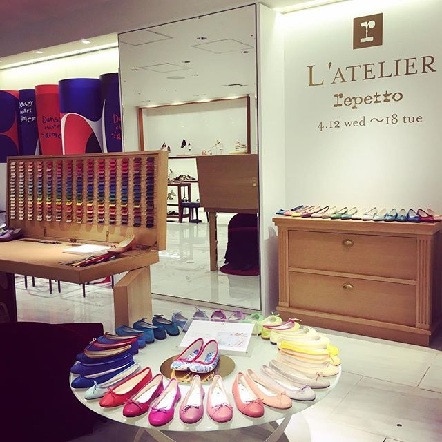 WEBSTA @ isetanparknet - L'ATELIER Repetto POP UP SHOP2017.4.12 wed - 4.18 tueMain Building 2F Ladie's Shoes/Promotion@repettoparis #Repetto #RepettoShoes #AtelierRepetto #flatshoes #レペット #アトリエレペット #ordermade #semiorder #shoeslover#shoestagram#shoes#isetan#伊勢丹新宿店http://isetanparknet.com/