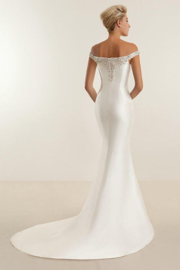 24 besten WEDDING GOWNS Bilder auf Pinterest | Hochzeitskleider ...