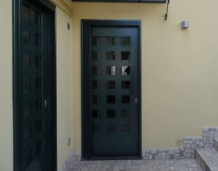 Genius Loci alle pendici del Vesuvio. The Spirit of a place.  Portoncini su disegno. The bespoke entrance https://archedy.com/the-spirit-of-a-place/