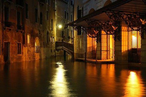 Gran Teatro La Fenice, Ingresso posteriore, Venezia