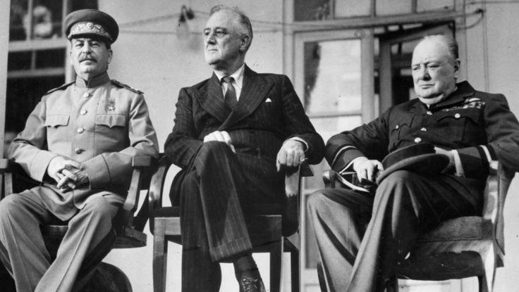 28 listopada 1943 r. rozpoczęła się konferencja teherańska – spotkanie przywódców koalicji antyhitlerowskiej (tzw. wielkiej trójki). Pierwsze spotkanie przywódców tzw. wielkiej trójki państw koalicji antyhitlerowskiej: Józefa Stalina - ZSRR, Franklina Delano Roosevelta - USA i Winstona Church