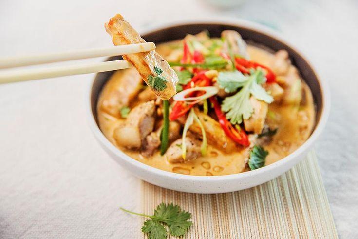 Oppskrift på thai panning curry med svinekjøtt.