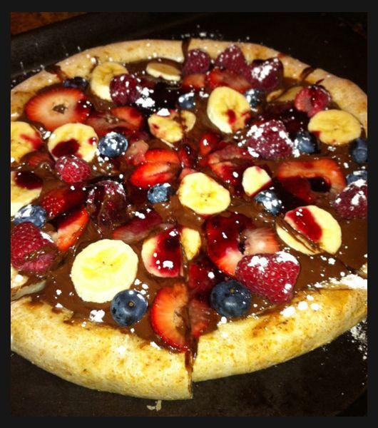 Pizza with nutella----HEAVEN!