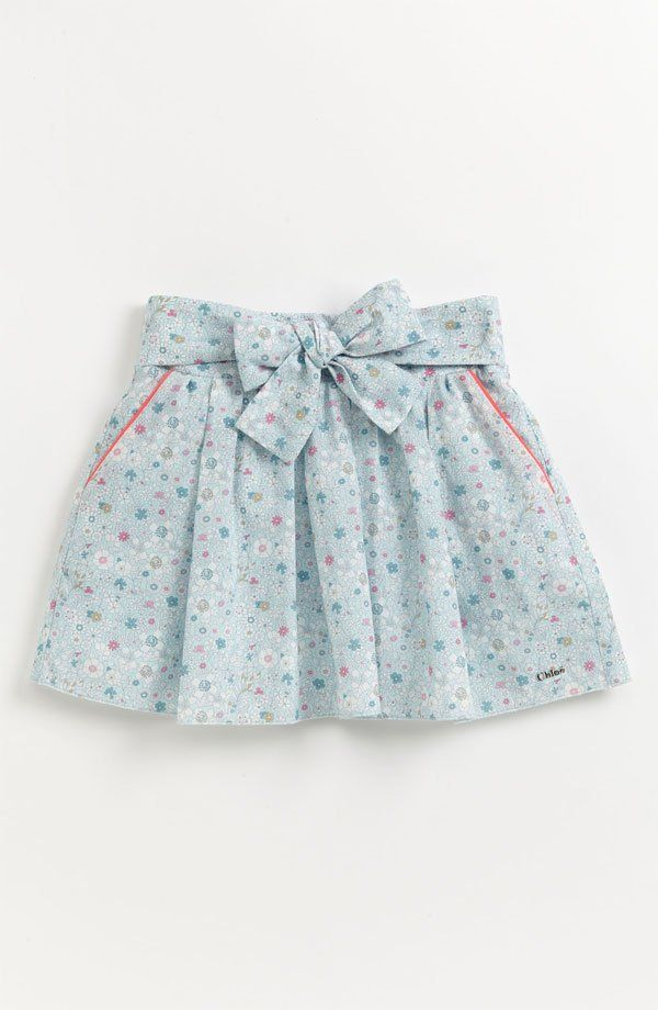 Ihr kleiner Stilsetter wird in Chloés Blumenmuster so hübsch aussehen Schönes L …   – T shirt quilts