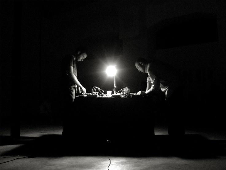 Nicola Ratti and Giuseppe Ielasi playing live at O'Artoteca, Milan