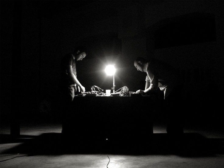 Nicola Ratti and Giuseppe Ielasi playing live at O'Artoteca, Milan