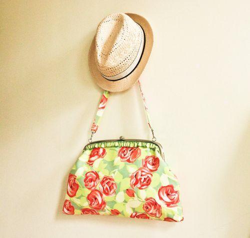 Purse (tutorial): Pur Patterns, Free Handbags, Bags Tutorials, Free Bags, Handbags Patterns, Beautiful Betty, Purses Patterns, Free Patterns, Betty Bags