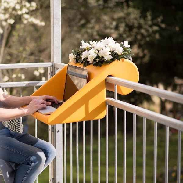 A planter you can use as a desk.