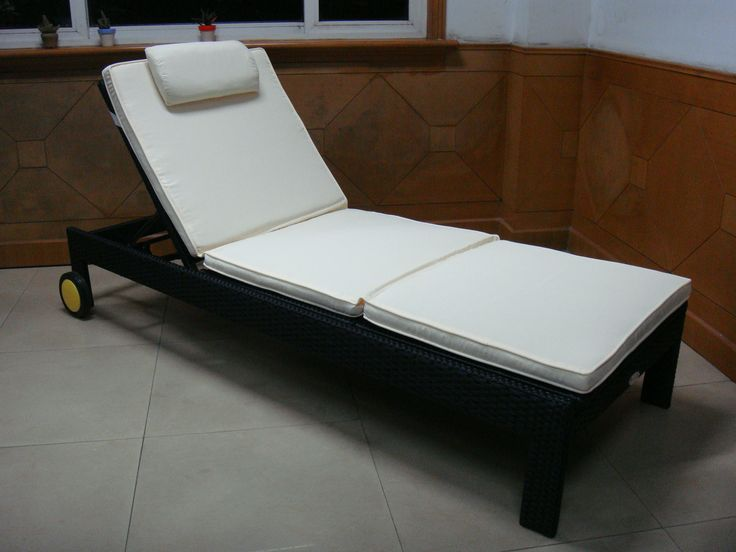 TG-9581 RATTAN sun lounger from trygo