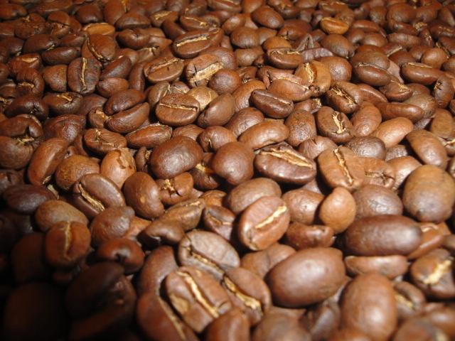 Vers gebrande koffiebonen uit Peru