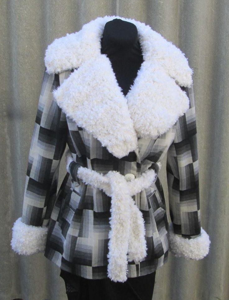 Превращение старого осеннего пальто в новое Предлагаю вам мастер-класс по превращению старого осеннего пальто в новое, соответсвующее капризам моды!