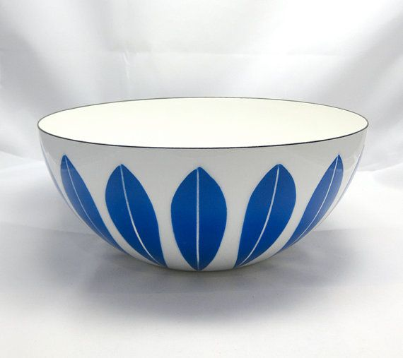 CATHRINEHOLM Lotus Bowl Grete Prytz Kittelsen by RetroRobinModern, $195.00