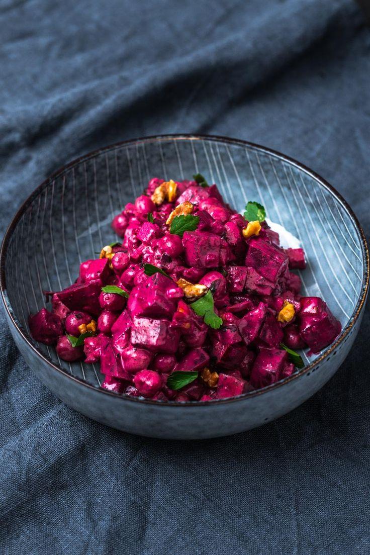 Schale mit indischem-Kichererbsen-rote-Bete-Salat