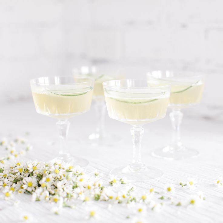 Elderflower & Champagne Cocktail / The LANE Friday Cocktail & Playlist…