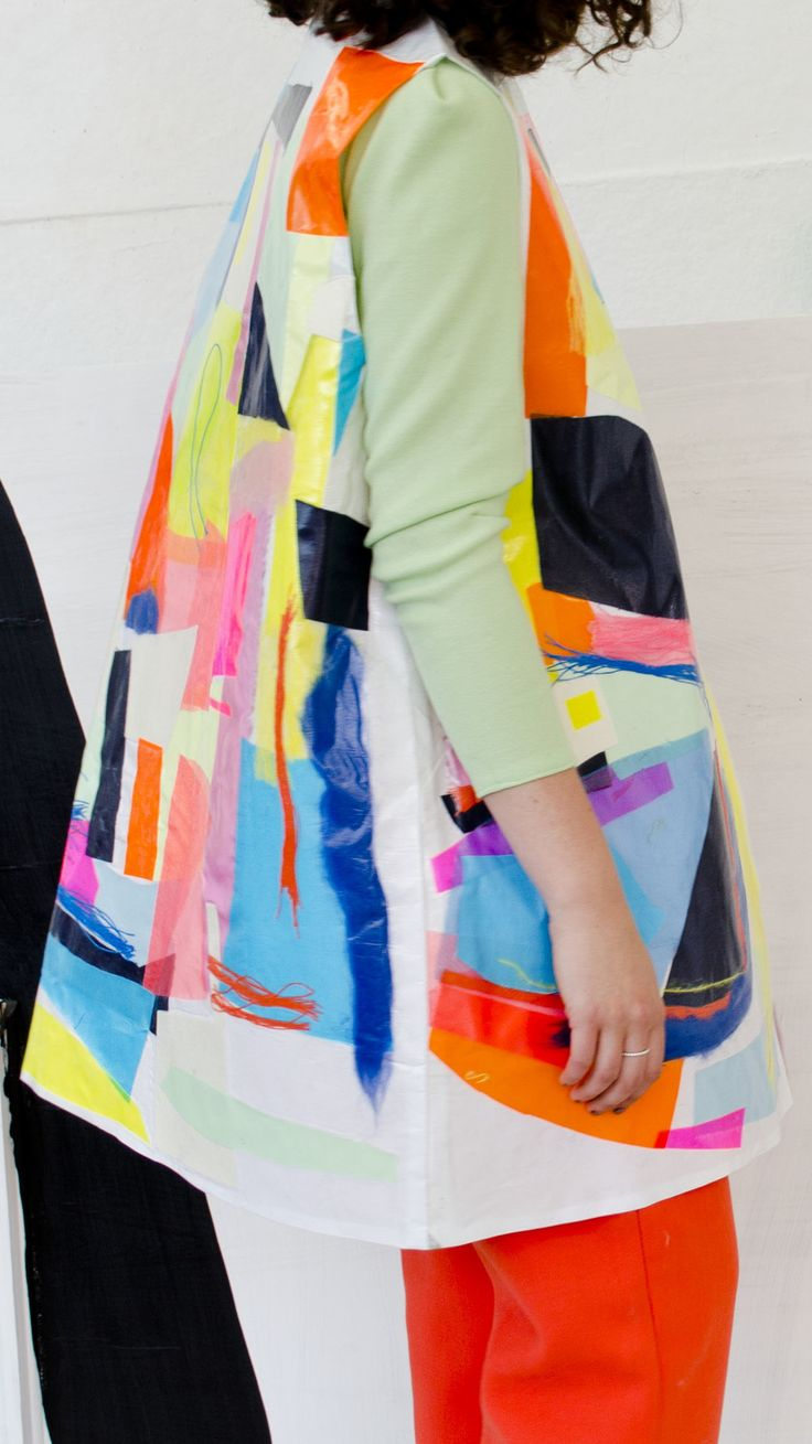 style | Amber Day bold printed coats