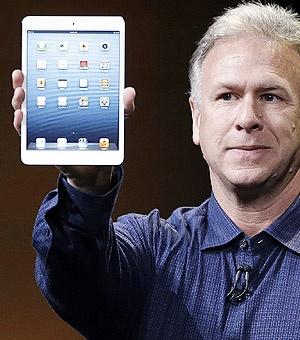 Apple Senior VP of Worldwide Marketing Phil Schiller unveils the iPad Mini, or iPhone Maxi tablet