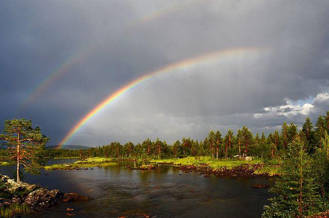 CoucouCanada: Poème Le pont de l'arc en Ciel