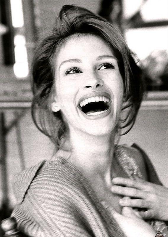 Julia Roberts, her smile is amazing!